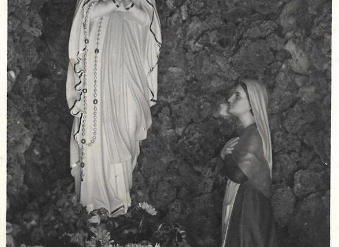L' 11 febbraio si ricorda la prima apparizione della Madonna a Lourdes nel 1858.