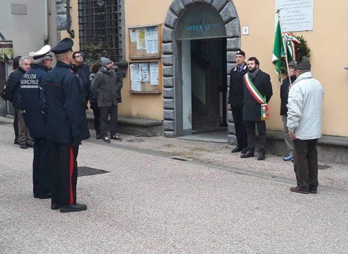 BORGO A MOZZANO – Stamattina davanti al palazzo comunale abbiamo celebrato la giornata del ricordo
