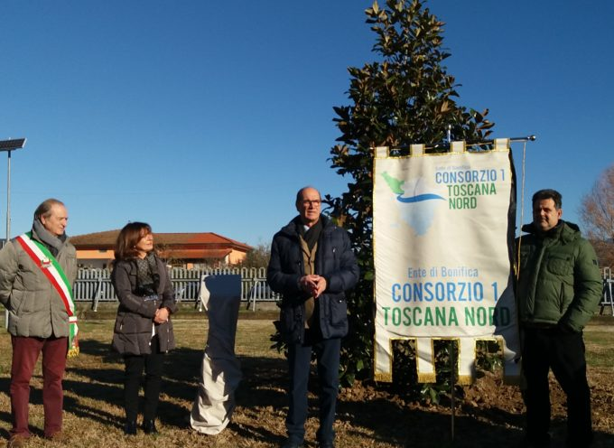 Consorzio, una magnolia e una targa per ricordare il collega Michele Lencioni,