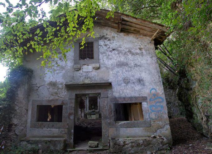 MONTE PISANO – L'Eremo di Rupecava: fra contemplazione e mistero, dal Medioevo a oggi