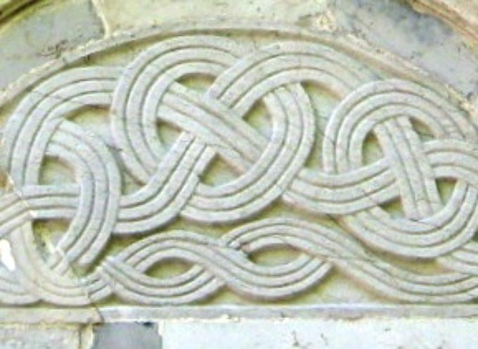 Le Chiese, le Pievi e i luoghi di culto sulle rive del Serchio  Terza Puntata – La Pieve di S. Cassiano di Controne    4° Parte – L'interno ed i suoi simboli