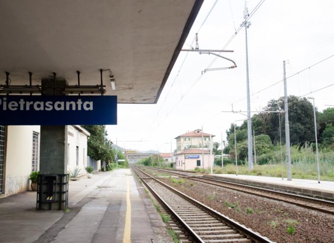 PIETRASANTA, INSTALLATE LE BARRIERE ANTI-ATTRAVERSAMENTO BINARI