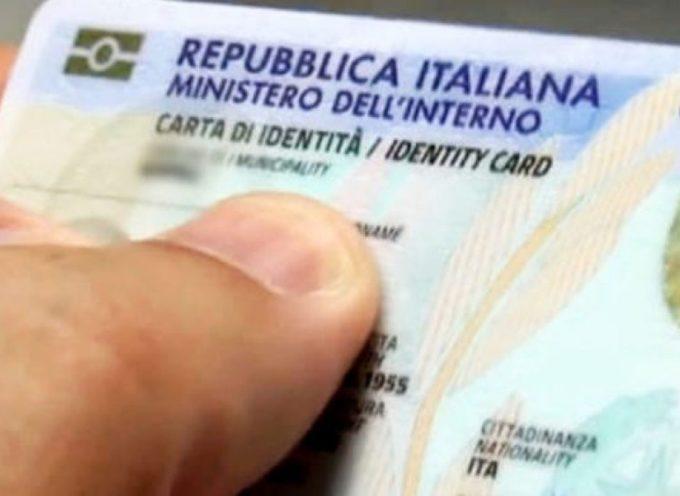 SI dalla Ue alle impronte digitali nella carta d'identità.