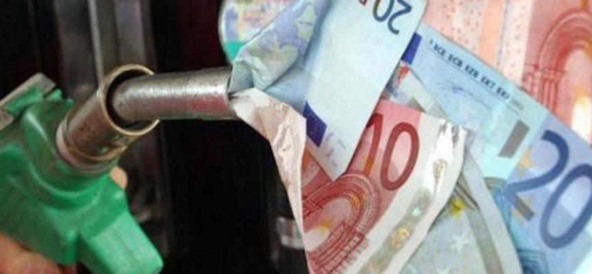 Aumento carburanti dalla Legge di Bilancio: ecco le accise