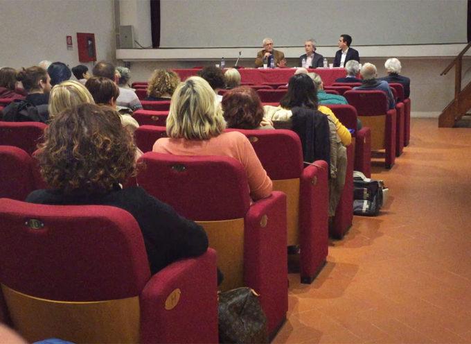 """SERAVEZZA : terzo incontro del ciclo """"Dialoghi sulla Filosofia"""" alle Scuderie Granducali per parlare di lavoro e cooperazione"""