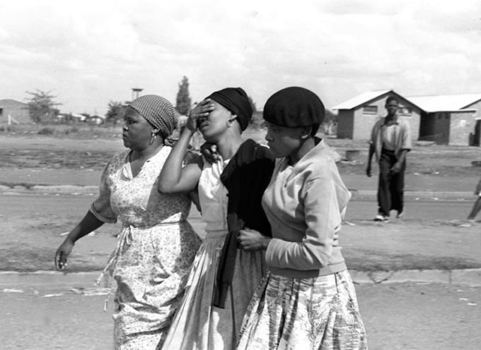 accadde oggi – 21 marzo 1960. A Shapeville, in Sudafrica, la polizia apre il fuoco durante una manifestazione pacifica