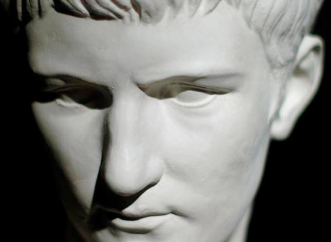 ACCADDE OGGI . Il 18 marzo del 37 d.C. Caligola diventa imperatore di Roma.