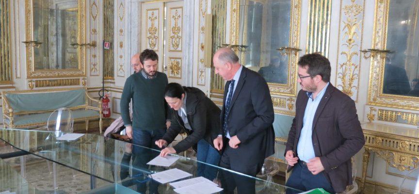 firmato questa mattina nella Sala degli Specchi di Palazzo Orsetti l'atto costitutivo dell'associazione Liberation Route Italia.