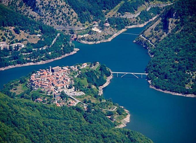 Turista e visitatore, se verrai nel territorio di VAGLI SOTTO (LU) vedrai: le isole di Gorgona, Capraia, la Francia, la Corsica.