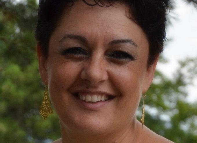 tantissime persone, provenienti da tutta la Garfagnana, hanno voluto dare l'ultimo saluto alla dottoressa Cinzia Ferri