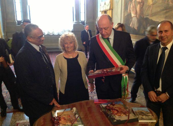 IL PREFETTO DI LUCCA, MARIA LAURA SIMONETTI, HA INCONTRATO L'AMBASCIATORE ERITREO IN ITALIA PIETROS FESSEHAZION