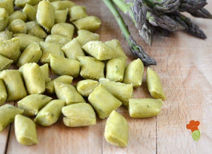 la ricetta degli gnocchi di asparagi