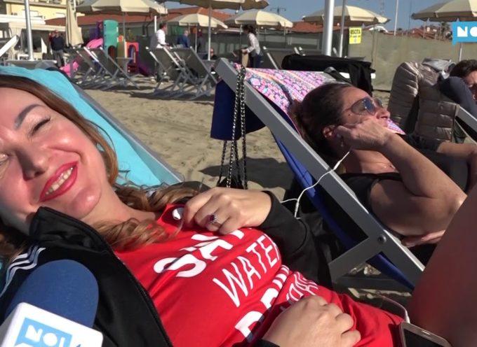 La primavera sa già… d'estate: primi bagni aperti a Viareggio