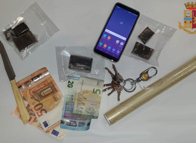 Droga nelle scarpe, arrestato un marocchino a Viareggio durante l´ultimo corso di Carnevale