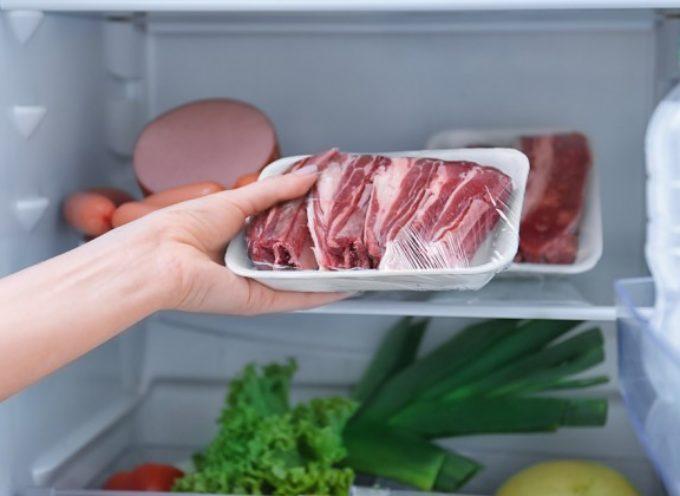 La carne che mangiamo contiene ormoni e antibiotici?