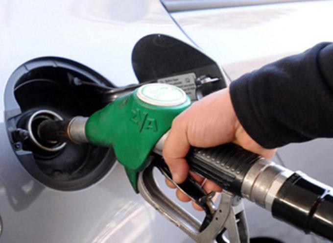 Truffe benzinai :ecco come molti vi truffano quando fate benzina