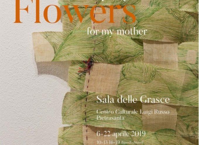 il Rinascimento di fiori di Lee Kyung Lee in mostra a Pietrasanta