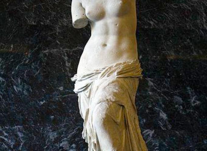ACCADDE OGGI . Il 19 aprile 1820,  l'esploratore francese Jules Dumont d'Urville trova nella capanna di un contadino una bellissima statua di Venere.