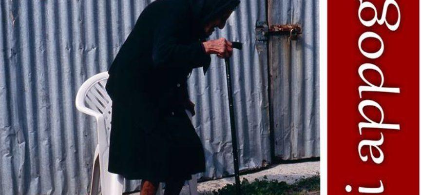 CASTIGLIONE DI GARFAGNANA – MI APPOGGIO Al via la nuova mostra fotografica di TOMMASO TEORA