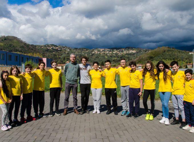 in bocca al lupo allo squadrone dell'Istituto Comprensivo Armando Sforzi Massarosa protagonista  a Grosseto al Torneo Regionale di scacchi a squadre dei giochi studenteschi.