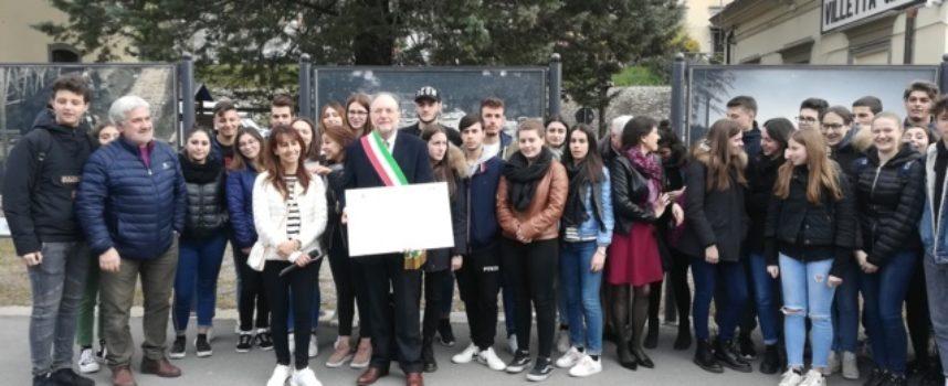 Linea Lucca – Aulla: Grande partecipazione all'inaugurazione delle Foto storiche della Costruzione del Ponte della Villetta