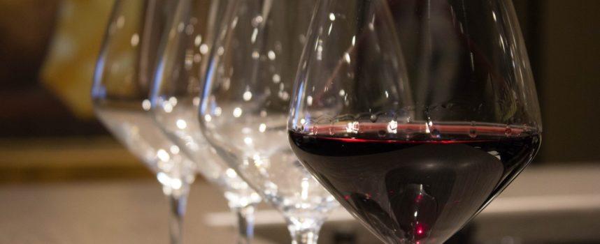 Covid: ok ad asporto fino alle 22.00 salva viticoltura locale