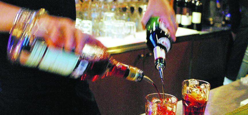 Effetto Cinema Notte: ordinanza di divieto somministrazione  di bevande e alimenti contenitori rigidi