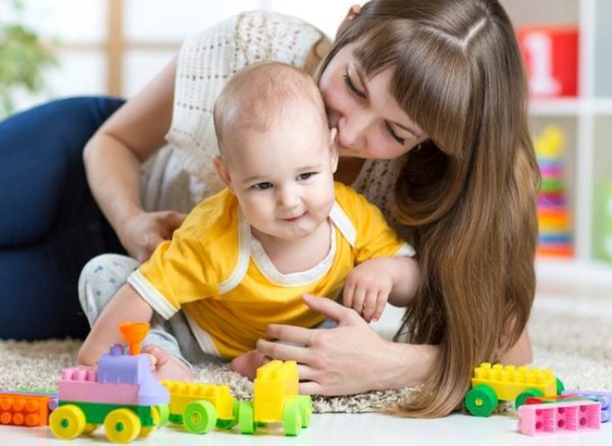 Voucher Baby-sitter e asili nido, cancellato per il 2019 il bonus per le mamme lavoratrici