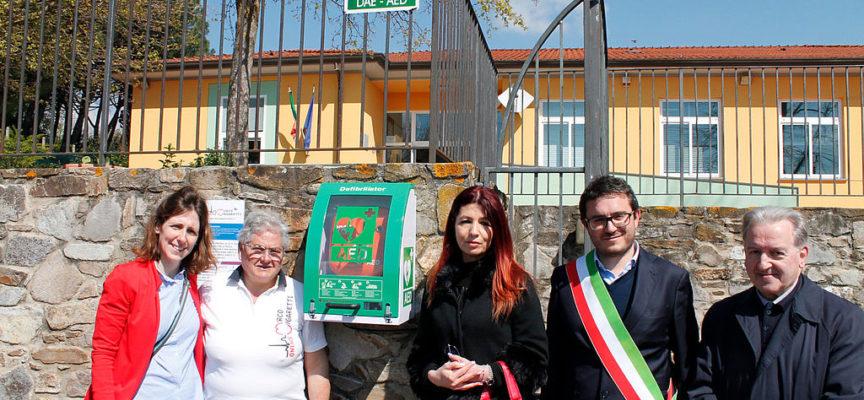 Inaugurato un defibrillatore alla scuola primaria di Gragnano