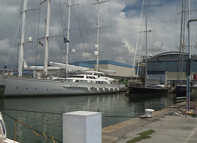 Il porto si prepara all'invasione di superyacht
