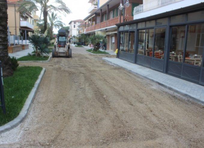 Tonfano: restyling per passeggiata di via Versilia, asfalto naturale e più decoro per cuore commerciale
