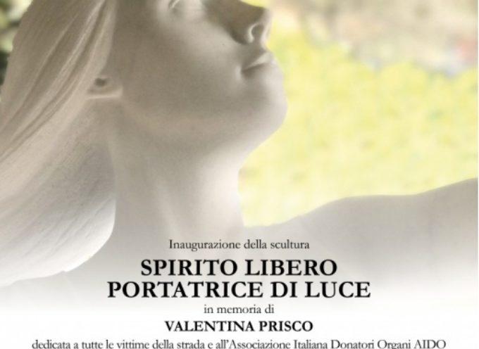 PIETRASANTA – Vittime della strada: una scultura per Valentina di Maria Gamundi, la giovane era stata travolta sul lungomare nel 2013