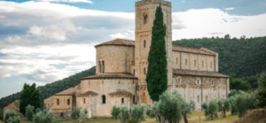 Il Santo del giorno, 11 Maggio: S. Antimo, e la sua splendida abbazia di Montalcino – Rachele, la pecorella