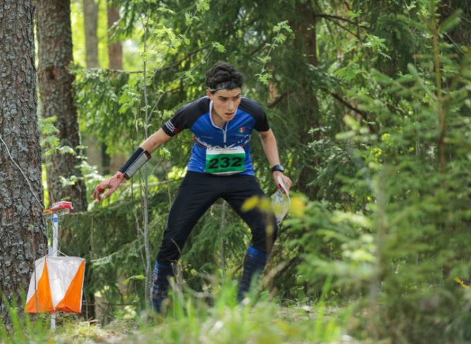 Sport: il seravezzino Ilian Angeli medaglia d'argento ai mondiali studenteschi di orienteering in Estonia
