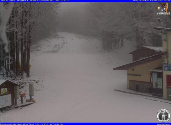 Calo termico in appennino dove la neve torna a imbiancare specialmente il settore Tosco Romagnolo
