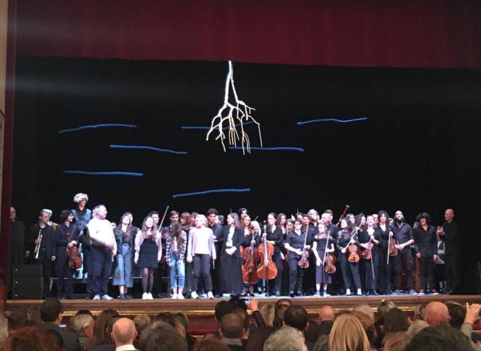 Grande successo di pubblico e di critica al Teatro del Giglio di Lucca per la messa in scena della Parrucca di Mozart,