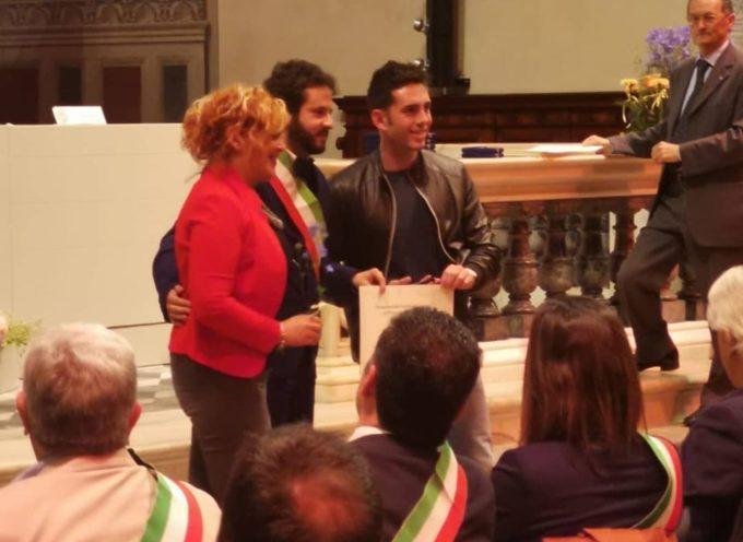"""San Francesco a Lucca ho avuto il piacere di premiare """"Parrucchiera Paola"""" per la sua attività ultra trentennale."""