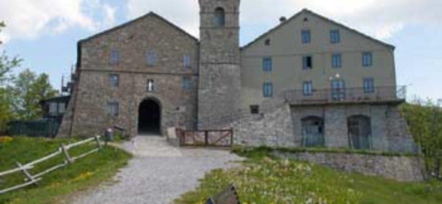 Chiesa dei Santi Pellegrino e Bianco  A San Pellegrino in Alpe,  Castiglione di Garfagnana