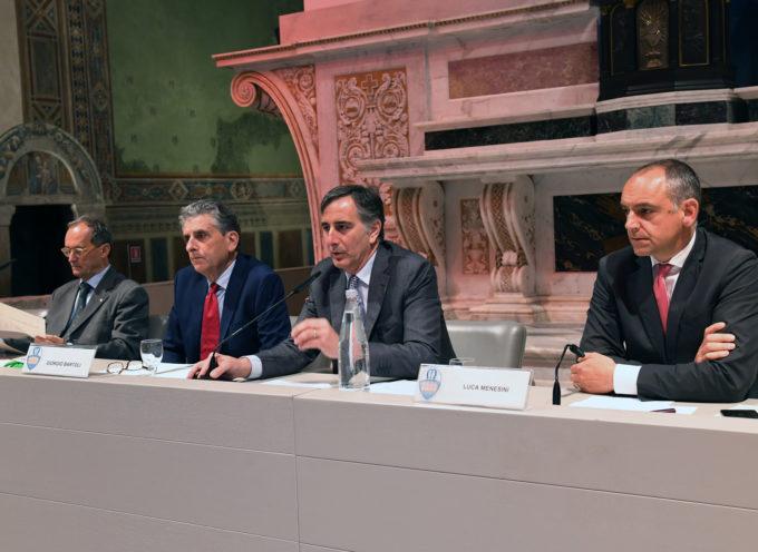 LUCCA – Nella chiesa di San Francesco si è celebrata la cerimonia di premiazione della Fedeltà al lavoro e del Progresso economico