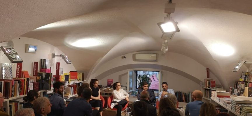EUROPA A CONFRONTO: Il BLOCCO STUDENTESCO INTERVIENE ALLA PRESENTAZIONE ORGANIZZATA DAL MOVIMENTO FEDERALISTA EUROPEO