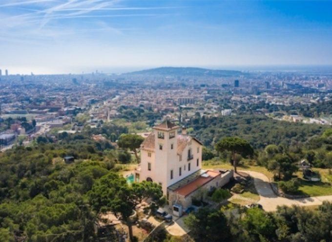 Il palazzo di Barcellona progettato dall'architetto modernista Jeroni Granell i Manresa sarà venduto all'asta tramite Concierge Auctions