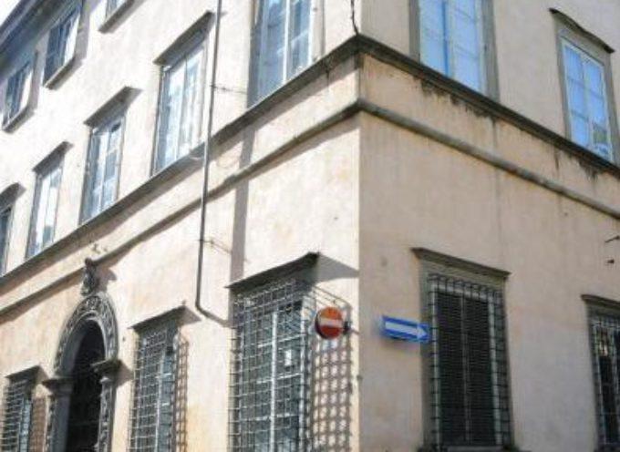 Dodici ordini di quarantena, aperto il Centro comunale di Protezione civile. Gli uffici del Comune di Lucca da stamani saranno accessibili solo su appuntamento