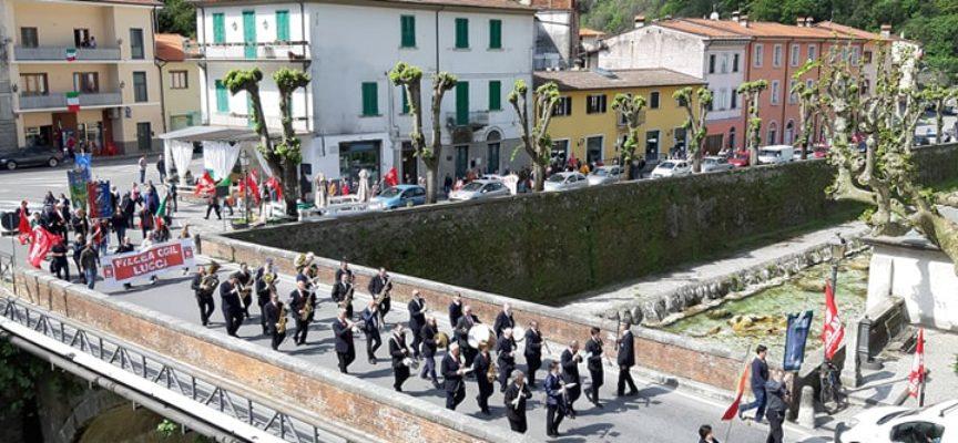 Festa dei Lavoratori – Il tradizionale Corteo del 1 Maggio a Seravezza
