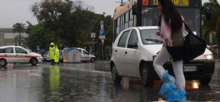Nubifragio nella notte: Consorzio al lavoro per contenere la pioggia