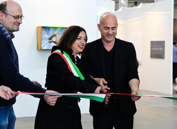 Inaugurata Lucca Art Fair. Sabato e domenica una fitta rete di eventi collaterali animeranno la fiera.
