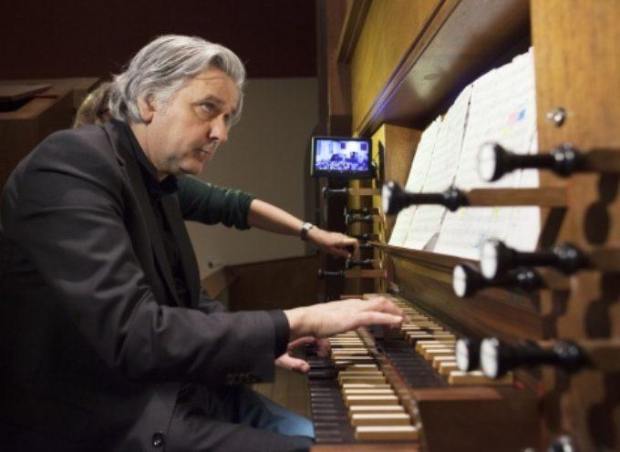 PIETRASANTA  – Musica: l'organista Cattedrale di Brera (Olanda) suona al Duomo di San Martino,