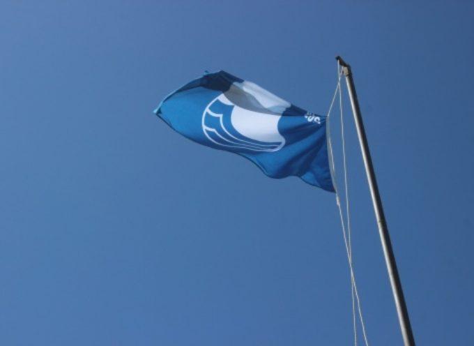 PIETRASANTA – la Bandiera Blu sventola sul litorale