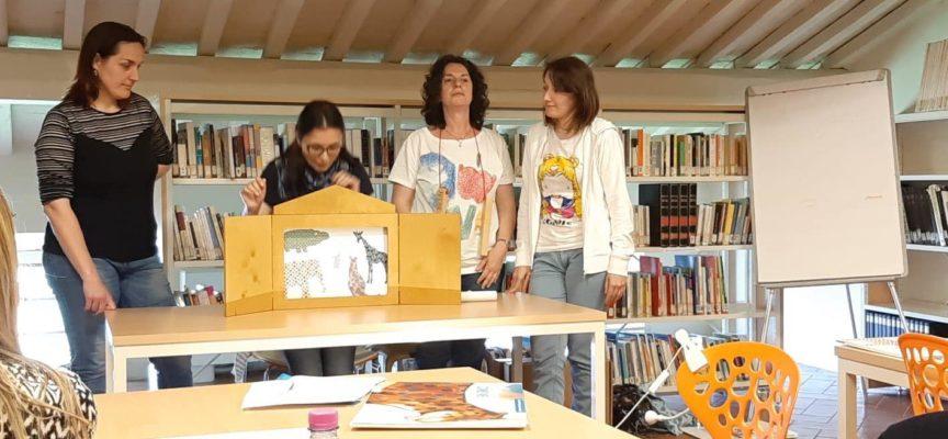 Come sistema bibliotecario della piana (Altopascio Porcari Capannori Montecarlo) abbiamo organizzato un corso per i lettori volontari.