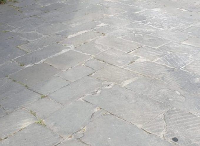 PORCARI – Dalle ore 8 di mercoledì 19 giugno è fatto DIVIETO di accesso e sosta in via della Chiesa.