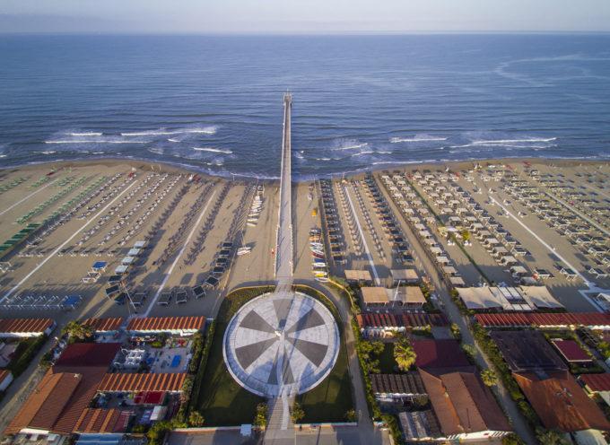 Forte dei Marmi -Con gli Stadio prende il via l' Estate al Forte